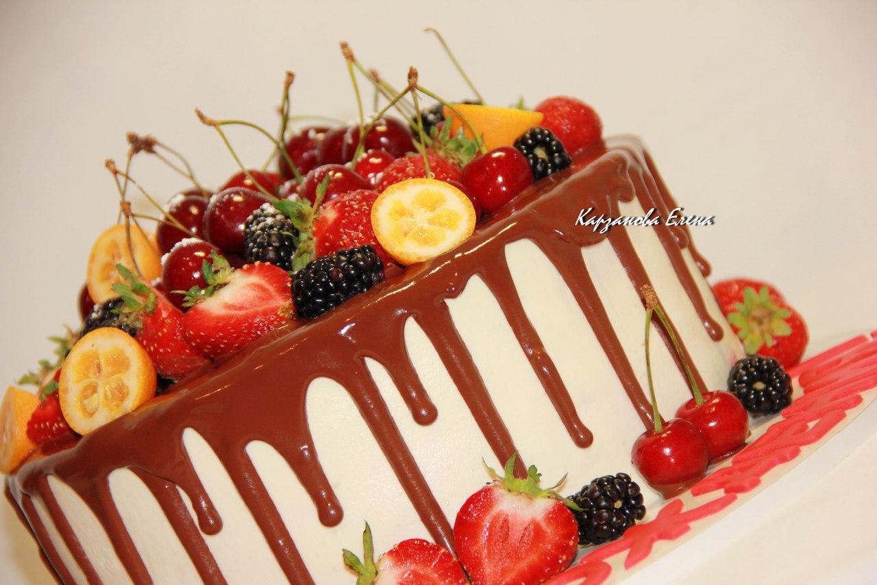 Как приготовить торт с ягодами: рецепты на любой вкус